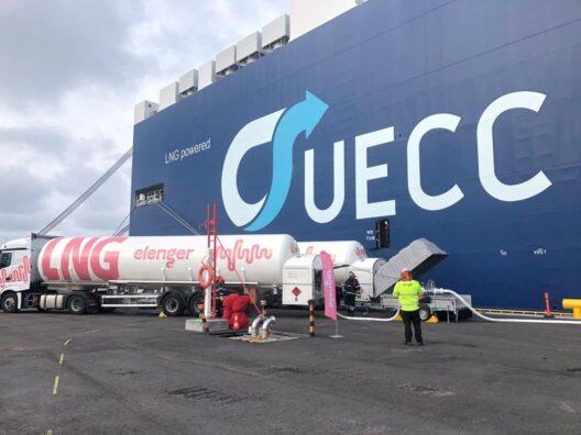 Elenger started bunkering LNG-powered ships in the port of Hanko